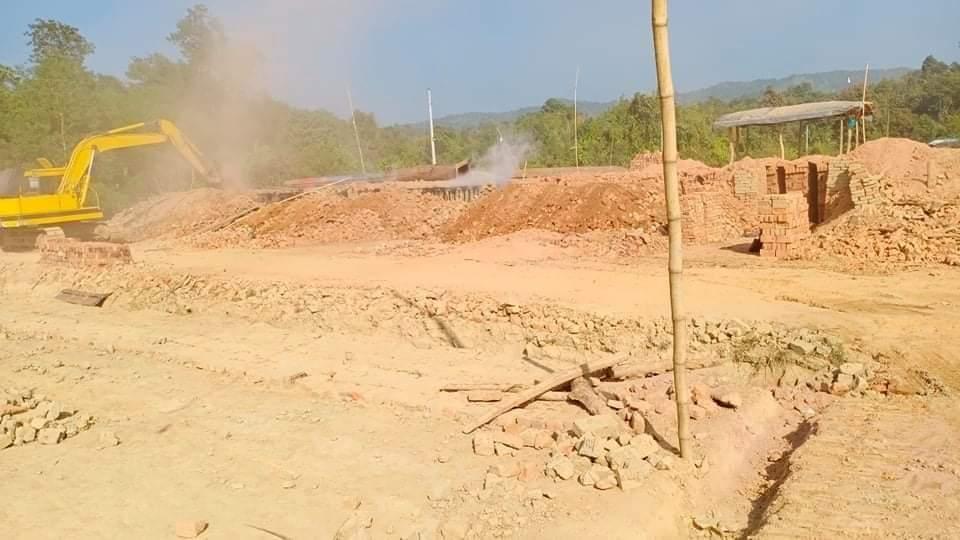 উখিয়া ও নাইক্ষ্যংছড়িতে ৩ অবৈধ ইটভাটা গুড়িয়ে দিল প্রশাসন