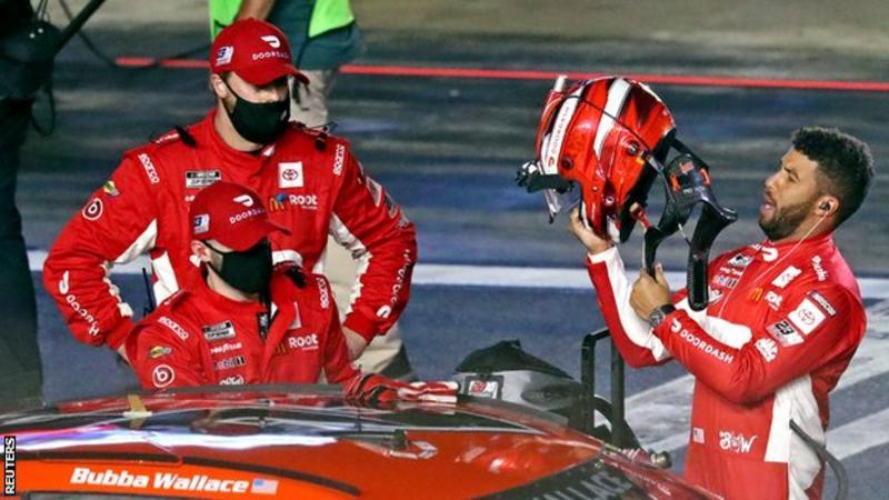 ন্যাসকার: মাইকেল জর্ডান দলের হয়ে অভিষেকের জন্য ডেটোনা 500-এ বুব্বা ওয়ালেস 17 তম